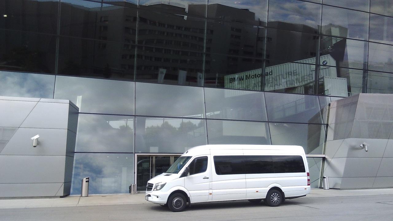 Mercedes-Benz Sprinter 519 BlueTEC chauffeur service Budapest