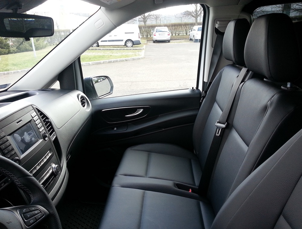 Mercedes-Benz Vito Tourer Select chauffeur service Budapest